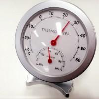 机に置かれた温度計