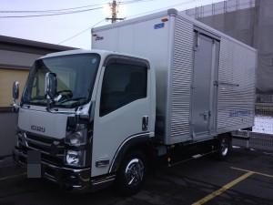 2トンアルミボディトラック