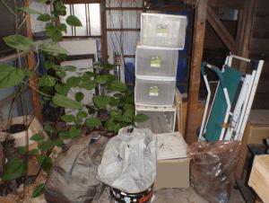 遺品が置かれた倉庫