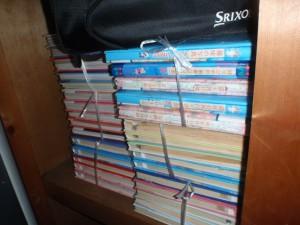 小牧市にて押入れに並べられたたくさんのアルバム