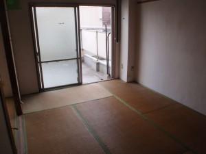 遺品整理後の和室